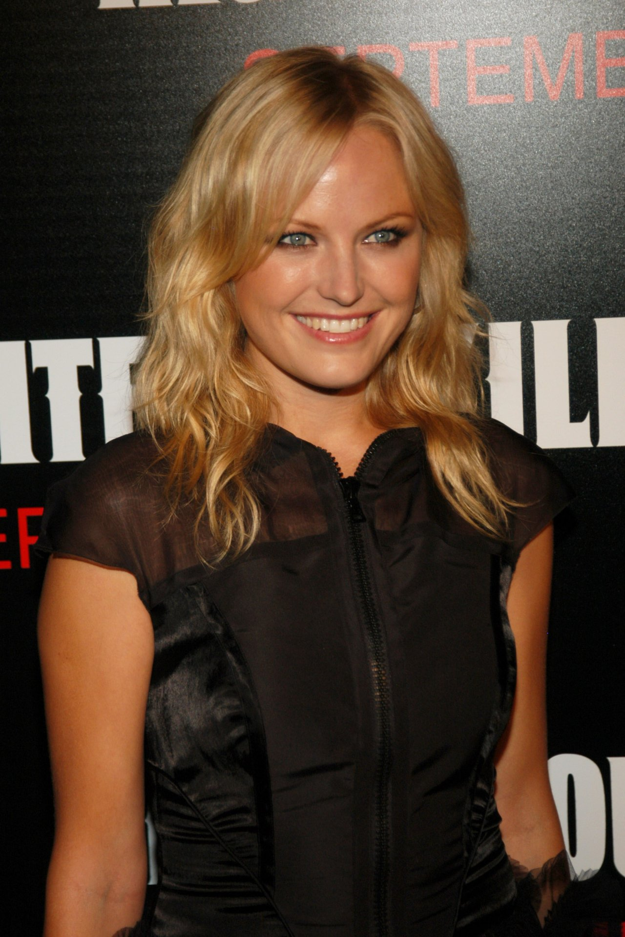 Malin Akerman wallpape... Mischa Barton