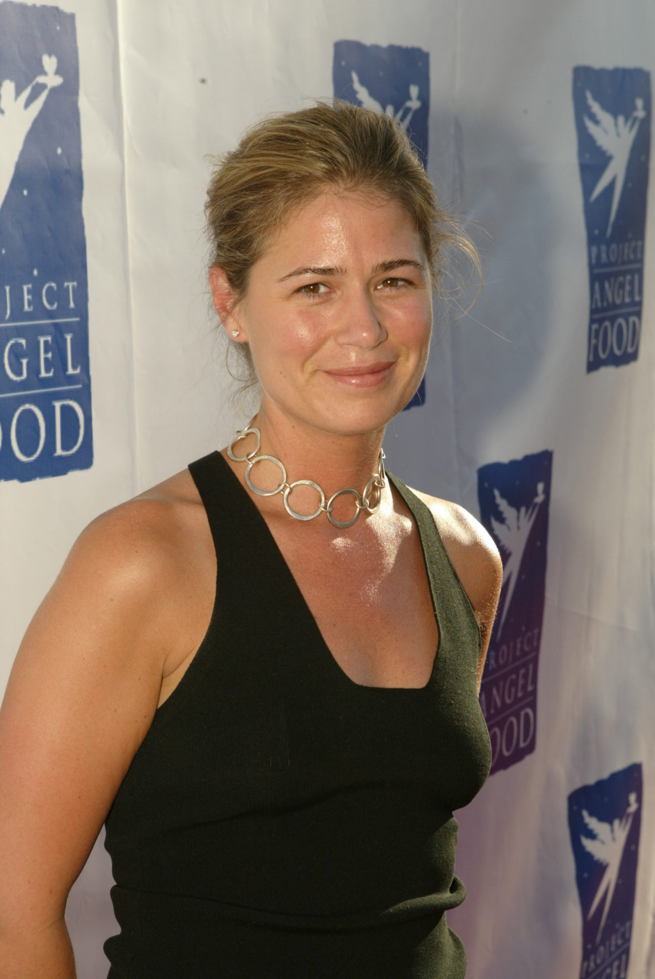 Maura Tierney wallpapers (17593)