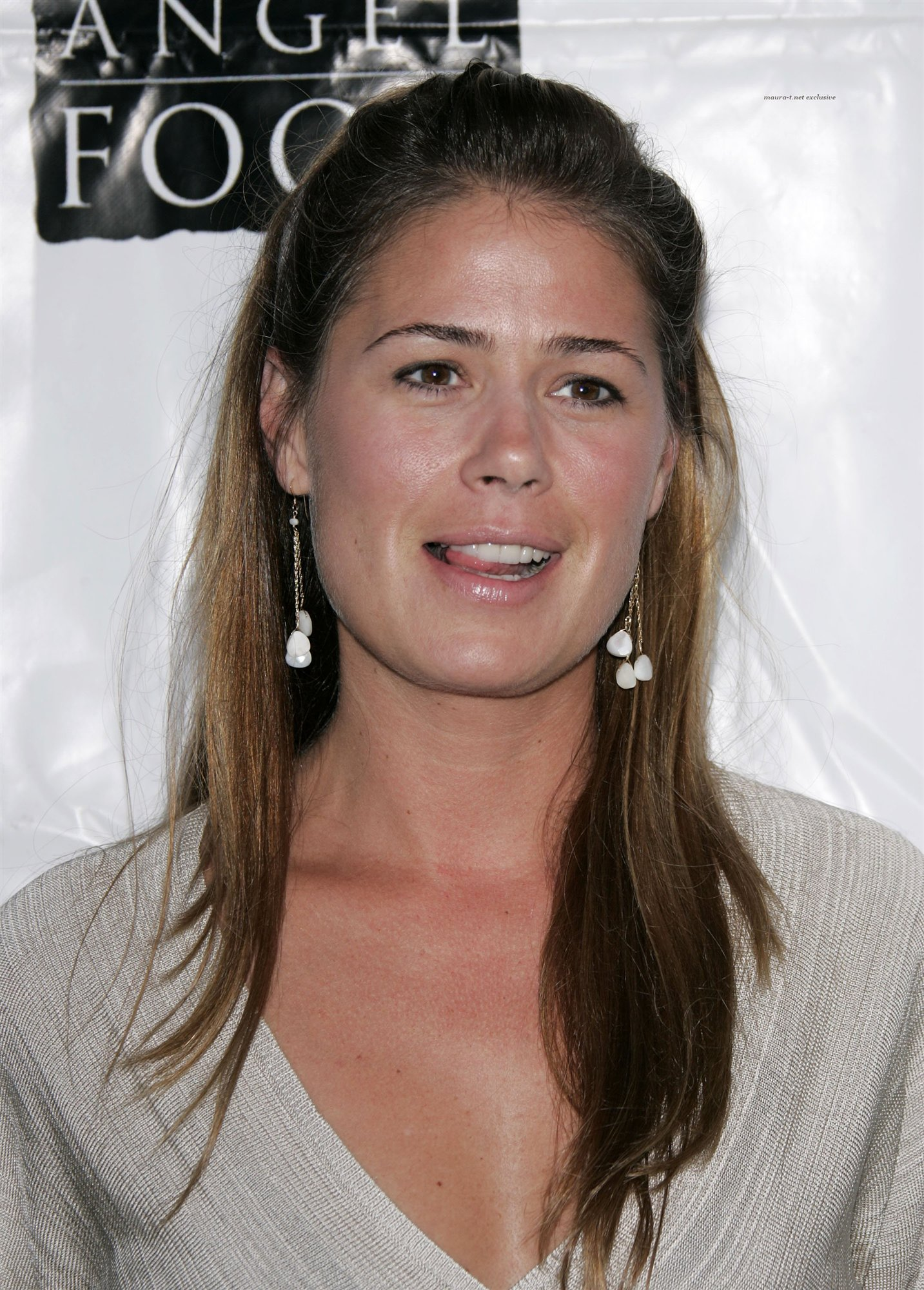 Maura Tierney wallpapers (17598)