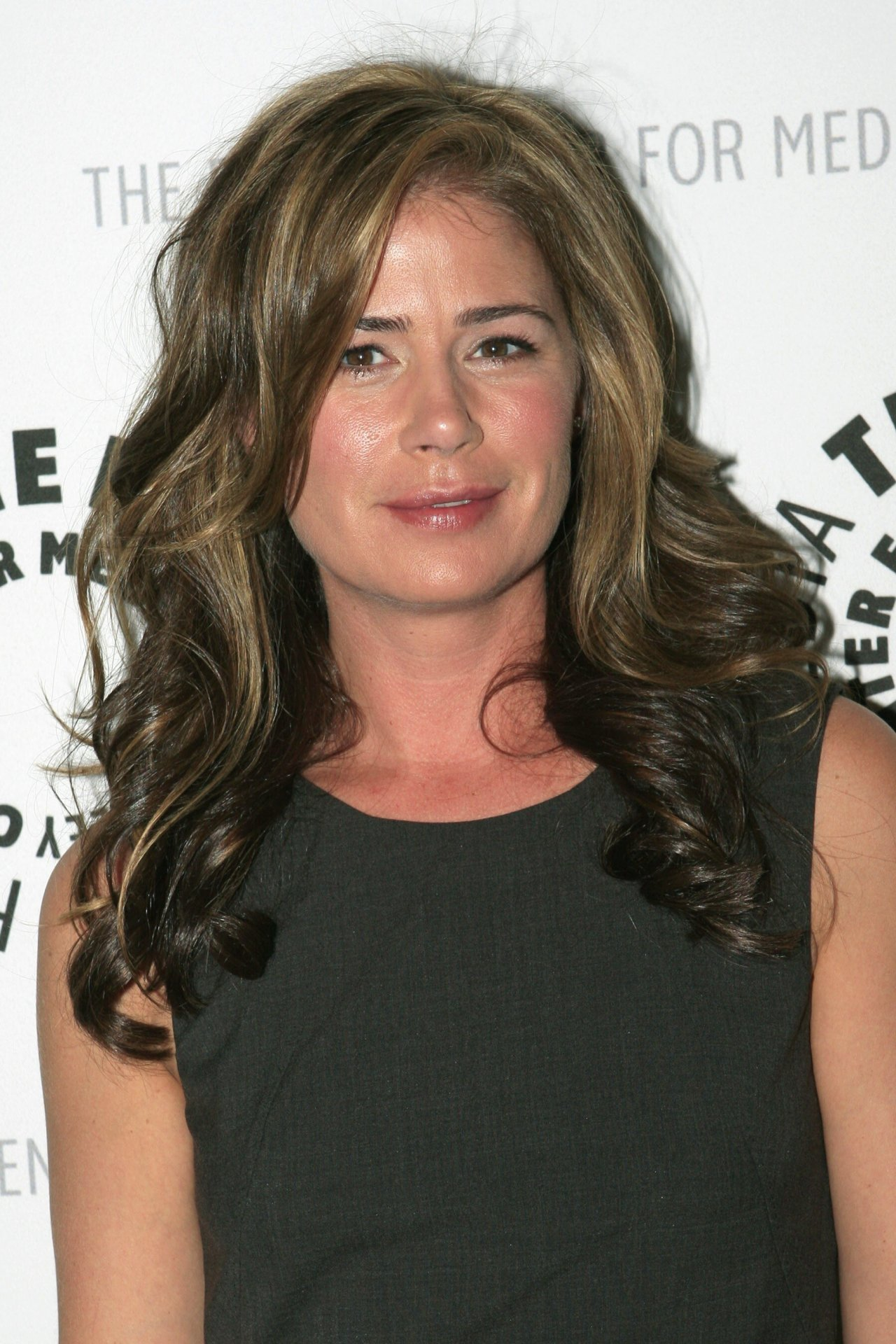 Maura Tierney website