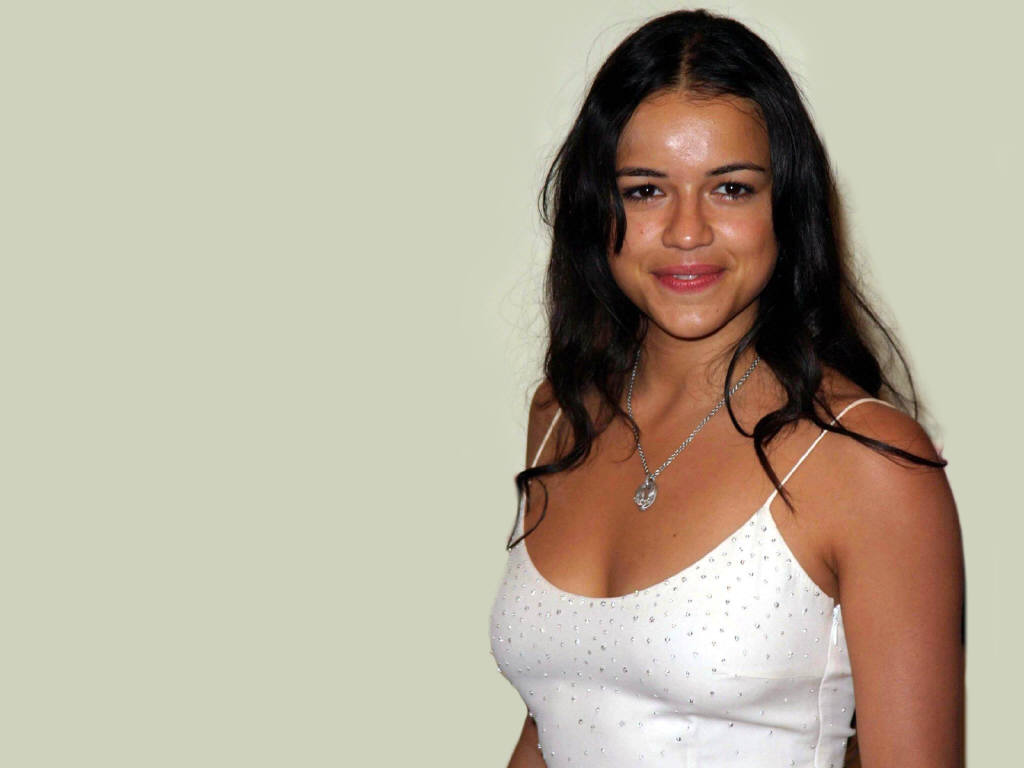 Michelle Rodriguez - Photo Gallery