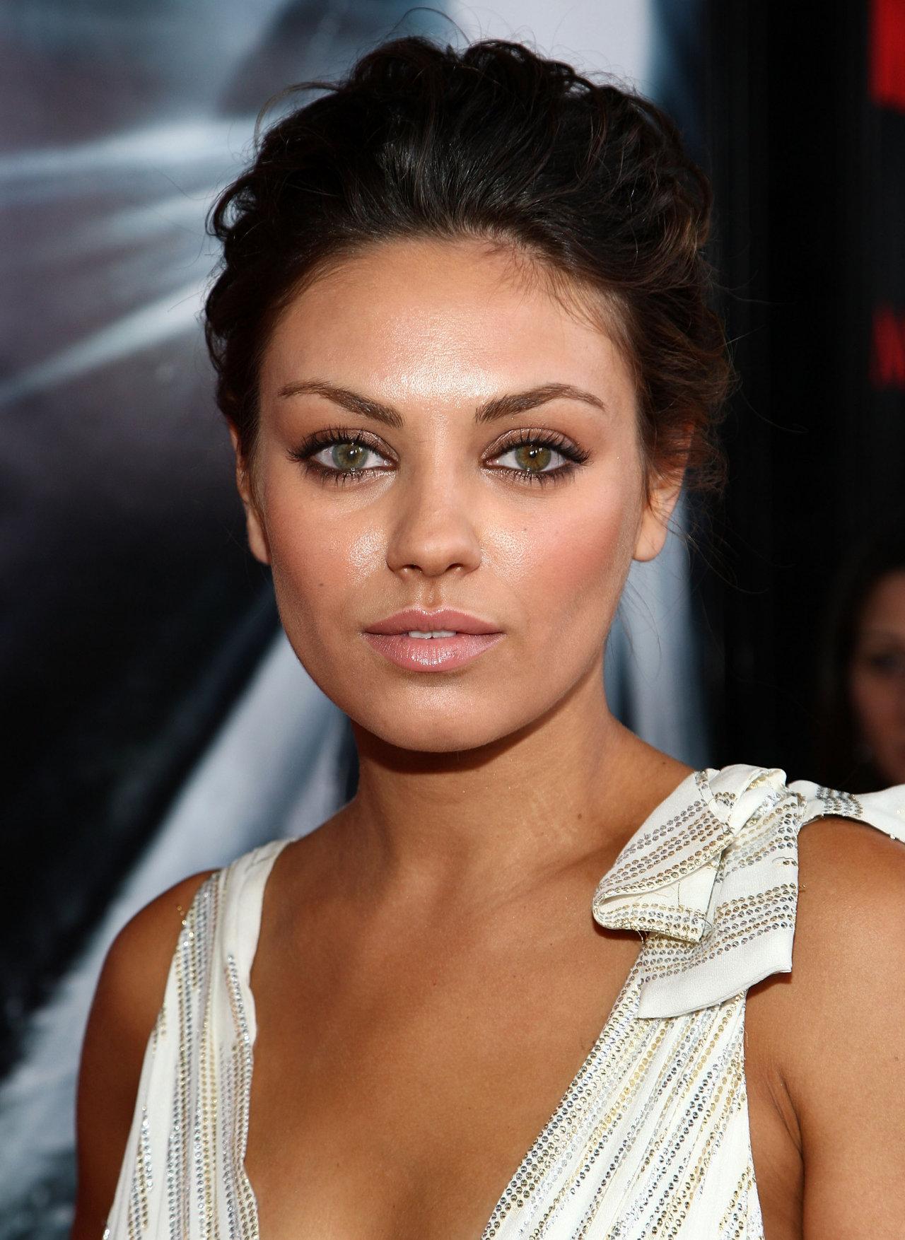 Wedding Makeup Looks For Brunettes With Brown Eyes : Mila Kunis wallpapers (102411). Popular Mila Kunis ...